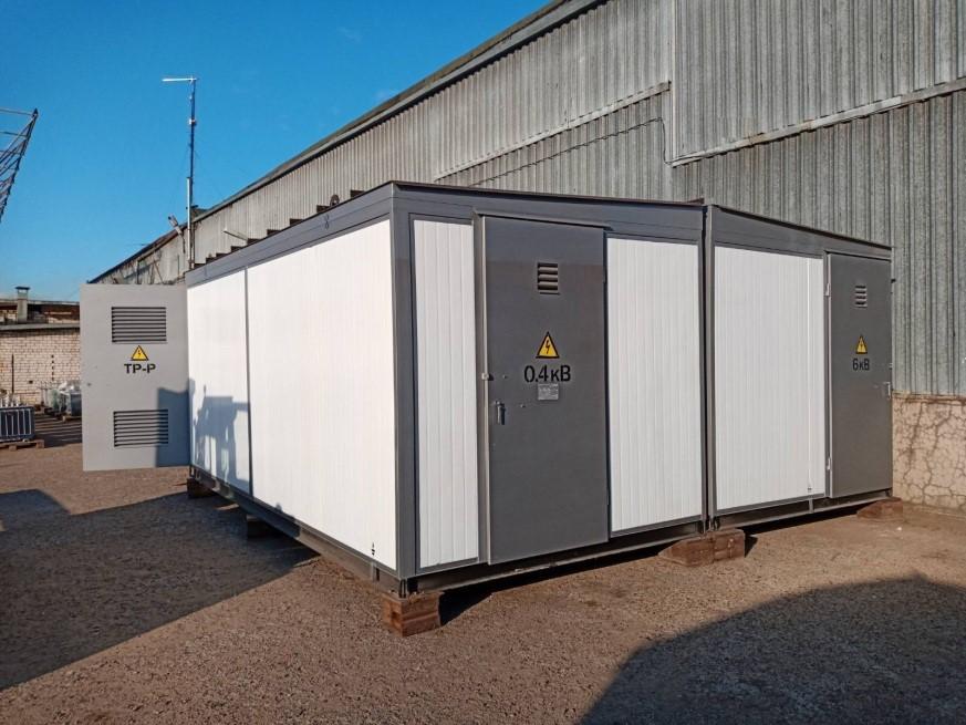 Утеплённая КТП (КТП Сэндвич). Это трансформаторная подстанция киоскового типа, пол, стены и крыша которой обшиты панелями «сэндвич».